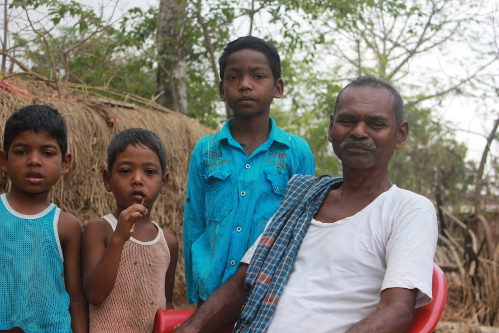 Chunu Marandi and his family